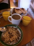 a nice breakfast: toast for my friens, cereals for me!